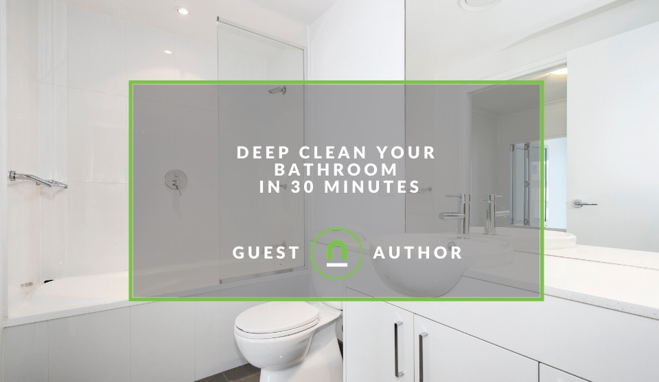 30 minute bathroom deep clean