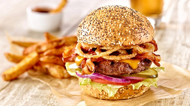 food-photography-hamburger-fries