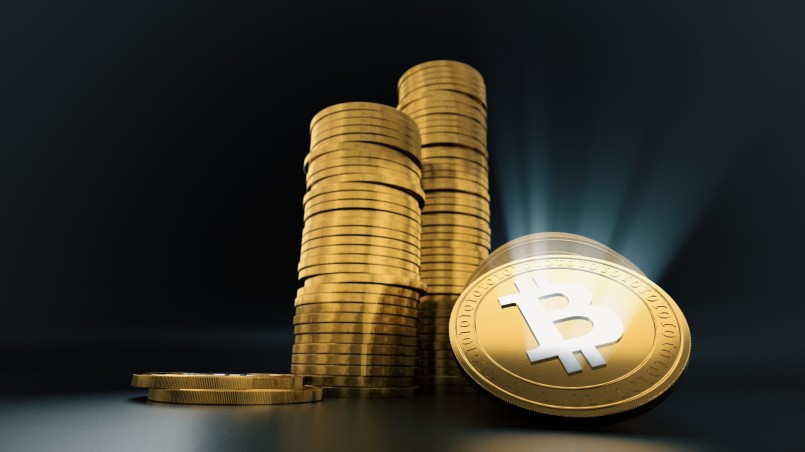 bitcoin-coins-illustration-3d-1514665441Jby